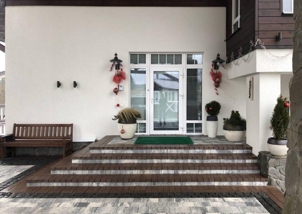 дверь в дом до ламинации