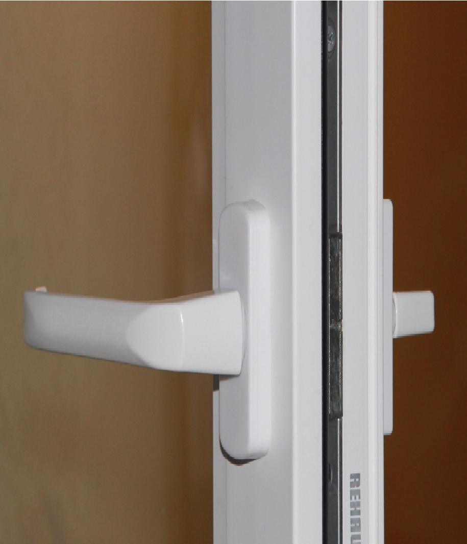 двухсторонняя ручка балконной двери