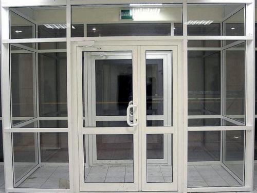ремонт входной пвх двери